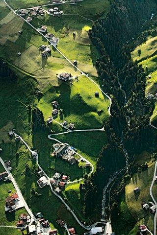 Tiroler Kulturlandschaft bei Vorderlanersbach