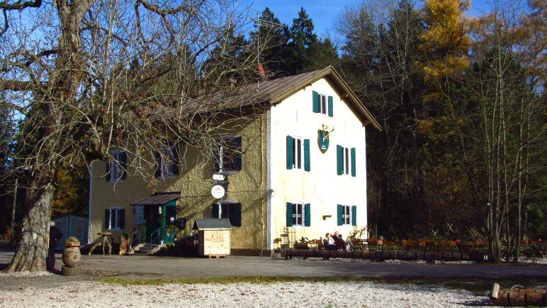 Das Forsthaus Hubertus am Ende des Skulpturenweges
