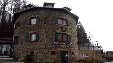Das Fuldaer Haus sollte unsere Mittagshütte werden, hatte aber Betriebsurlaub