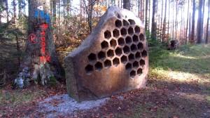 Der Name hornung heißt aus Schwedisch Honig, auf deutsch klingt es wie eine Mischung aus Honig und Wohnung
