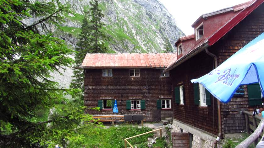 Der Anbau der Höllentalangerhütte