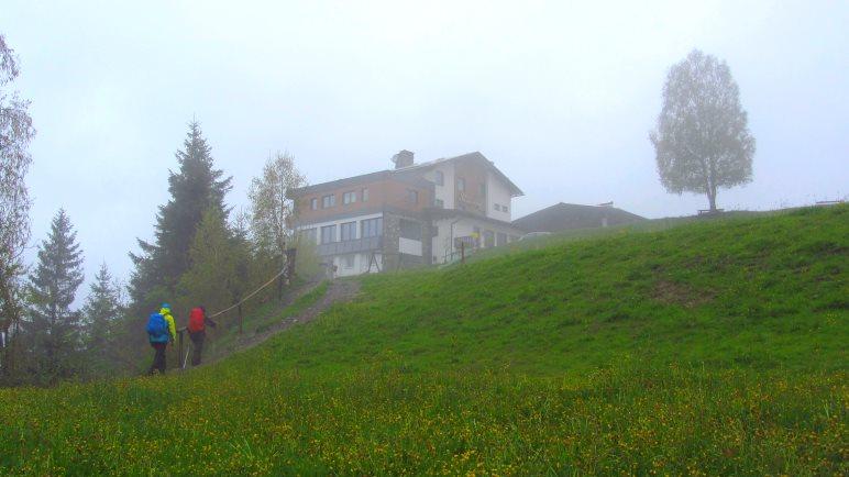 Auf den letzten Metern zum Gasthaus Steinerkogl