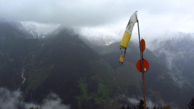 Der Blick vom Steinerkogel auf die Berge auf der anderen Seite des Zillergrunds