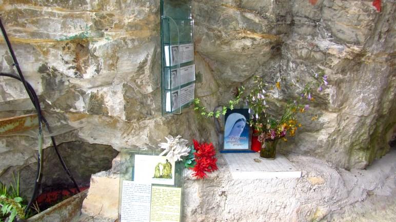 Die Madonna am Tunneleingang