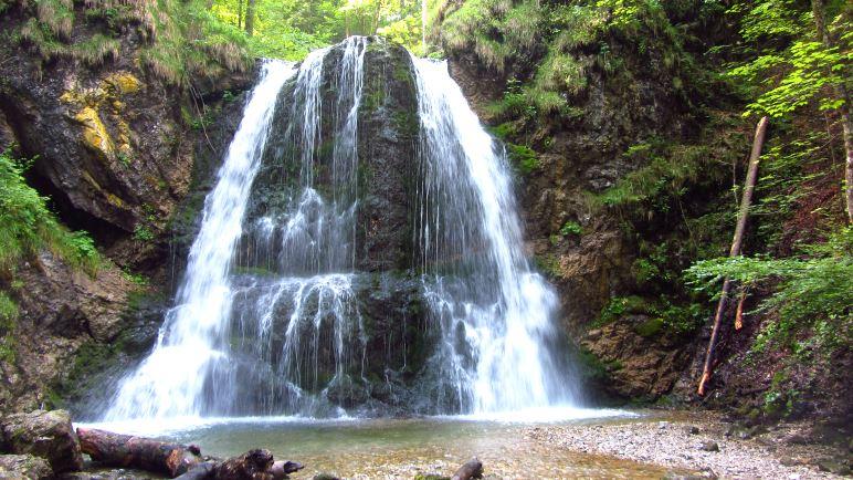 Der erste der Josefsthaler Wasserfälle