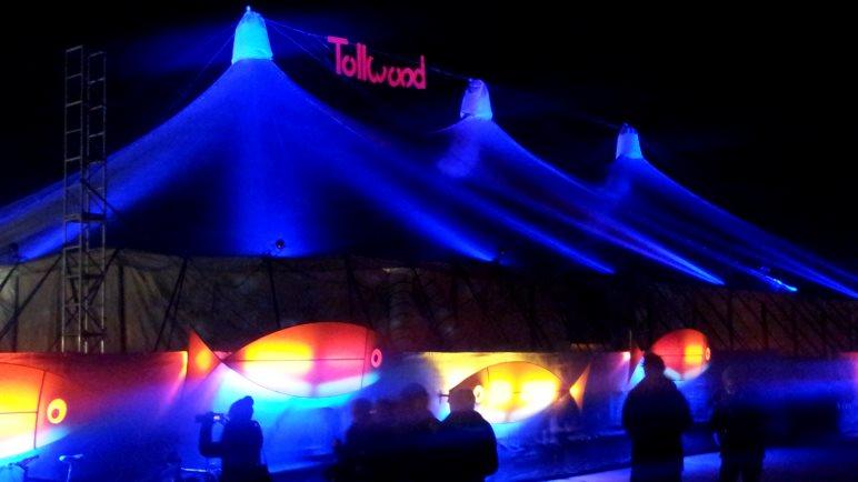 In jeder Hinsicht bunt: Das Tollwood-Festival in München