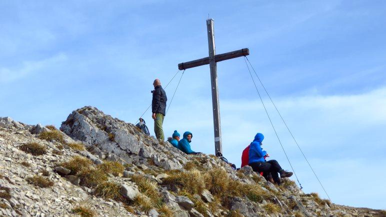 Das Gipfelkreuz des Hinteren Sonnwendjochs