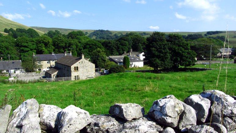 Die ersten Häuser von Malham