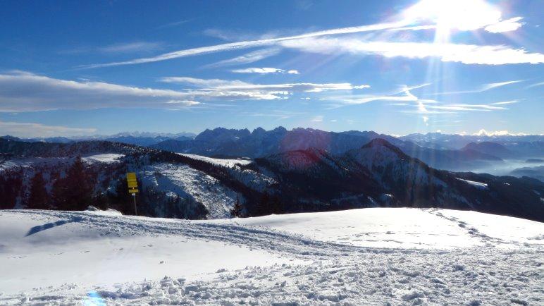 Großartiges Alpenpanorama mit dem Kaisergebirge an der Hochrieshütte