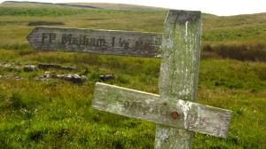 Nicht mehr weit bis Malham, auch wenn es Meilen sind, keine Kilometer