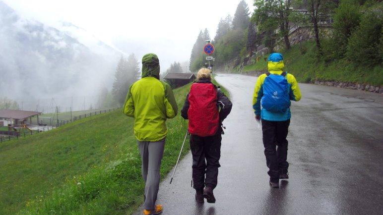 Regen-Blogger: Regnet es eigentlich immer, wenn Blogger zusammen wandern?