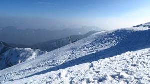 Das Skigebiet sieht gut aus, vor allem ist es nicht zu überlaufen, trotz des schönen Wetters