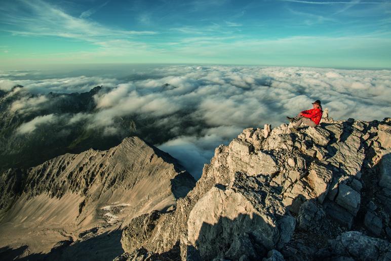 Heinz Zak über den Gipfeln des Karwendels - Foto: Heinz Zak
