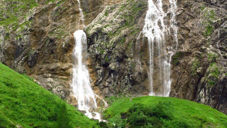 Noch einmal die Bergacht-Wasserfälle aus der Nähe