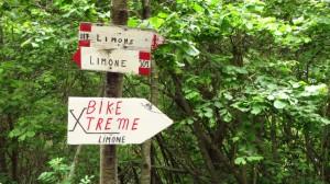 Bike Xtreme hinunter nach Limone? Nein, erst mal zum Aussichtspunkt