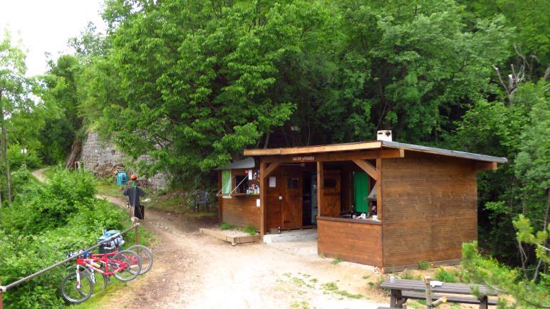 Das Ristoro Mughera, der kleine Kiosk mitten am Berg