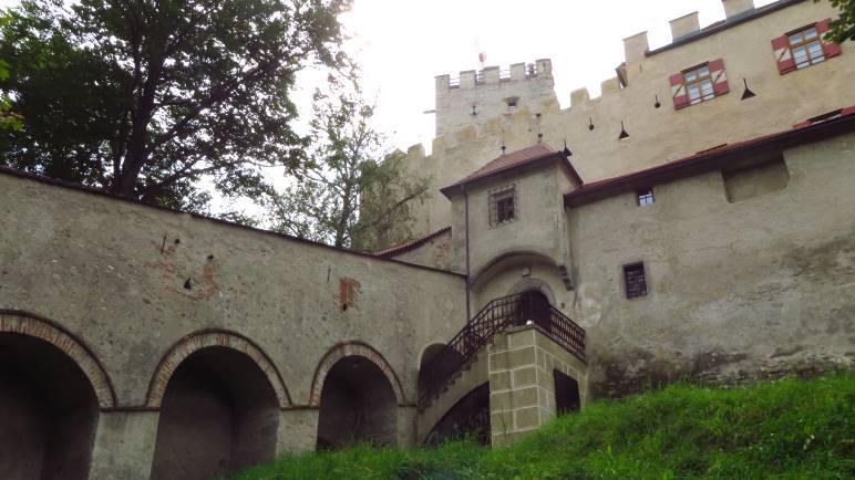 Schloss Bruneck, in dem sich das Messner Mountain Museum RIPA befindet