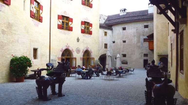 In Schloss Bruneck, in dem sich das Messner Mountain Museum RiPa befindet