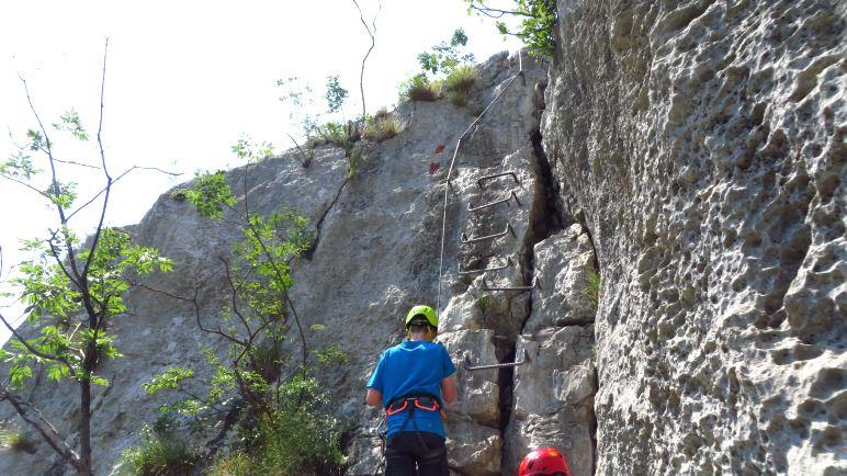 Die Trittstufen zum Ausstieg aus dem Colodri-Klettersteig