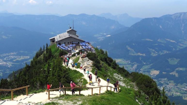 Das Ziel der heutigen Wanderung: Das Kehlsteinhaus oberhalb von Berchtesgaden