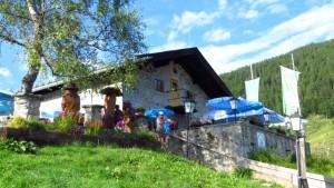 Die Albert-Link-Hütte am Spitzingsee. Ein ebenso leicht zu erreichendes wie lohnenendes Wanderziel.