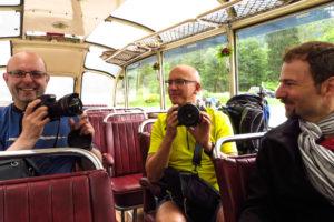 Kameracheck im Nstalgiebus von Pertisau zur Gramaialm