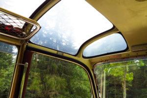 Wie es sich für einen Bergbus gehört: Mit Panoramafenster
