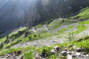 Ein Blick zurück auf den Aufstiegsweg zum Lamsenjoch, den wir am Vortag gegangen sind