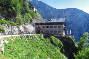 Am Karwendelhaus angekommen