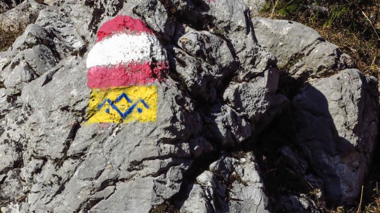 Wegmarkierung und das Zeichen des Alpen-Salz-Steigs