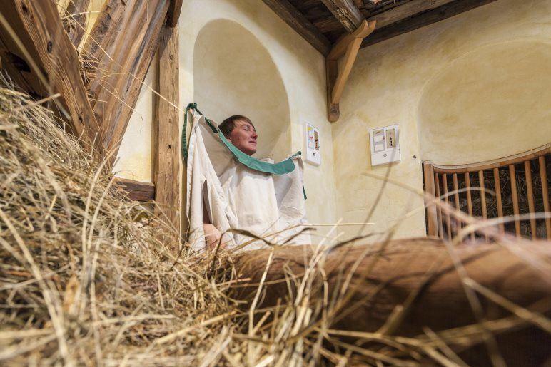Das Heubad im Wellnessbereich des Hotels Jägerhof - Foto: Thomas Rathay
