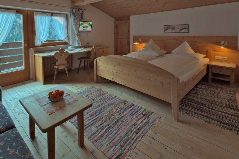 Ein Doppelzimmer der Kategorie Holunder - Foto: Thomas Rathay