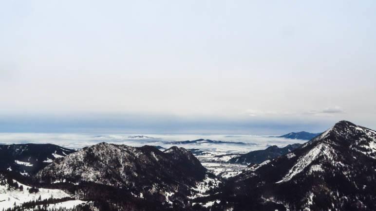 Der Gipfelblick vom Schönkahler in das Allgäu