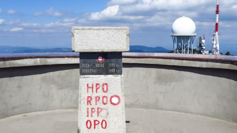 Die Gipfelmarkierung des Vojak. 1401 Meter, Top of Istria
