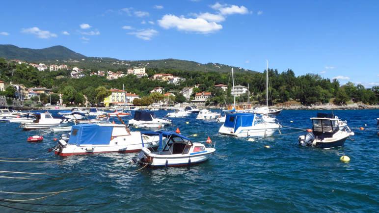 Der Hafen in der Bucht von Ika