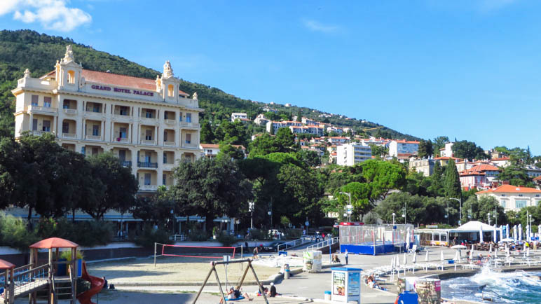 Das Grand Hotel Palace in Opatija