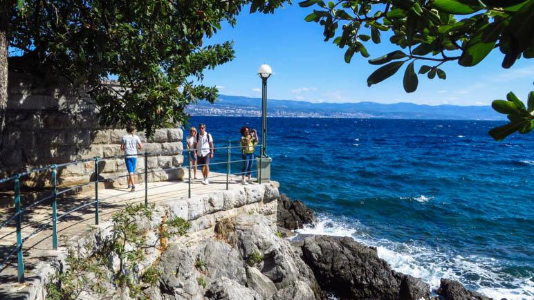 Auf der Strandpromenade von Lovran nach Opatija