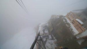 Der Abgrund: Von der Baustelle der Zugspitz-Seilbah geht es mehr als zwei Kilometer in die Tiefe