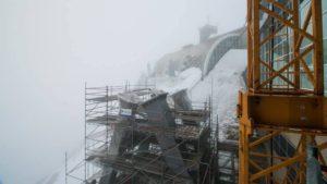 Die massiven Pfeiler für die neue Zugspitz-Seilbahn