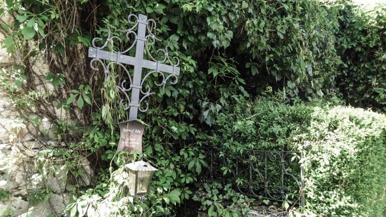 Ein geschmiedetes Kreuz für einen abgestürzten Bergsteiger