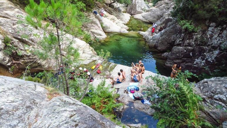 Entspannung an den mittleren Becken