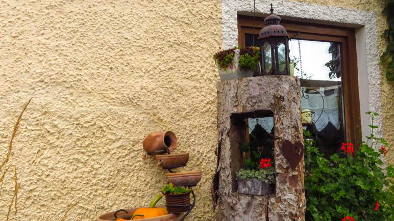 Im Garten des Gasthofs Bauer in Waltring