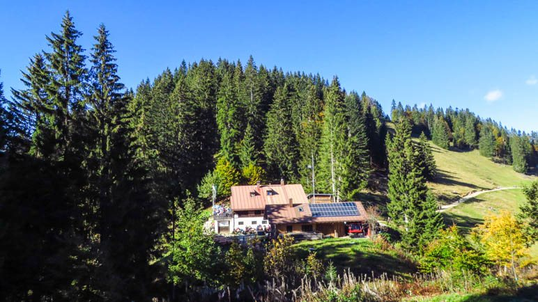 Die Lenggrieser Hütte und der Grasleitenkopf