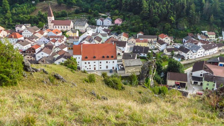 Der Markt Mörnsheim, von oben gesehen