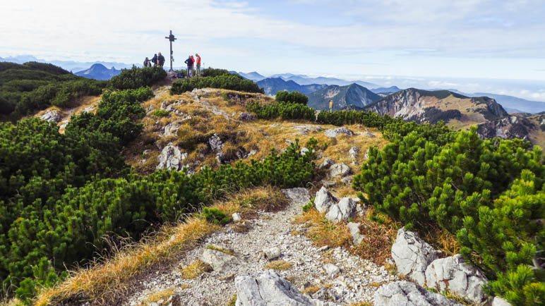 Auf dem Gipfel des Hochmiesing in den Schlierseer Bergen