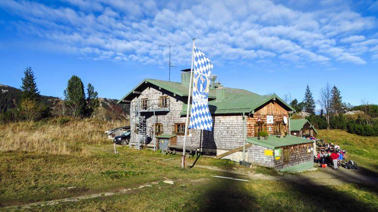 Gut besucht: Das Taubensteinhaus in der Nachmittagssonne