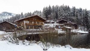 Die alte Wurzhütte am Südende des Spitzingsees