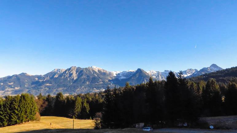 Die Aussischt auf das Nebelhorn von der Alpe Dornach