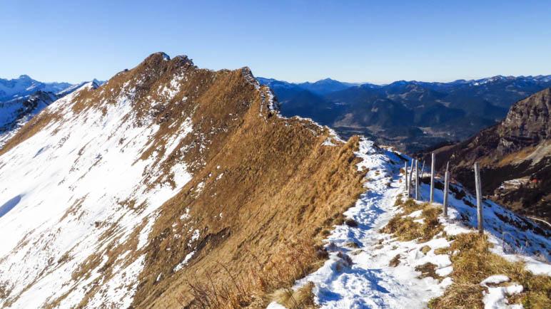 Der Kamm zum Schattenberg, vom Windsack aus gesehen