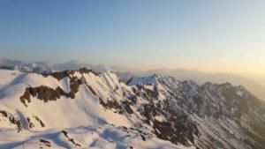 Rosa-weisse Berge, vom Edmund-Probst-Haus am Nebelhorn aus gesehen